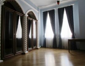 Продажа апартаментов на Городецкого. Центр фото 1