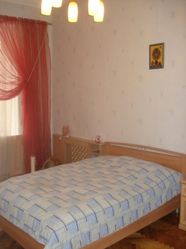 Продажа трёхкомнатной квартиры на Пушкинской - АН Стольный Град фото 3