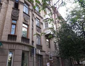 Продам квартиру на Малоподвальной. Шевченковский центр.