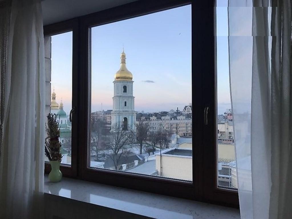 Продажа квартиры на Ирининской с видом на Софиевскую площадь - АН Стольный Град фото 2