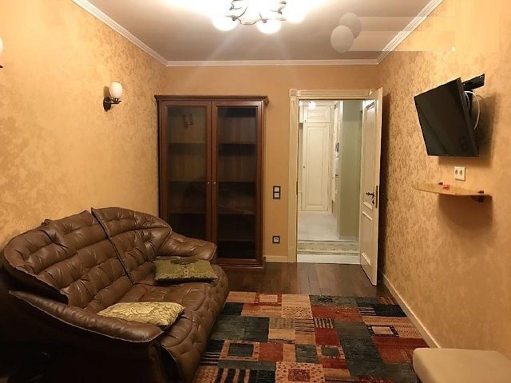 Продажа квартиры на Ирининской с видом на Софиевскую площадь - АН Стольный Град фото 7