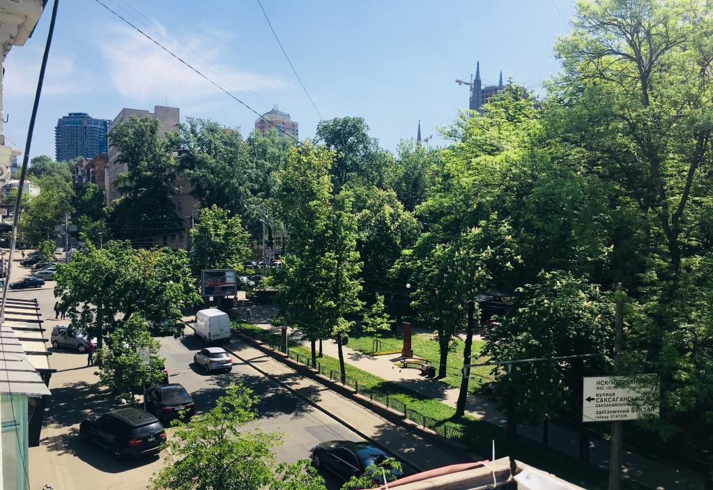 Продажа квартиры в центре с видом на сквер - АН Стольный Град фото 20