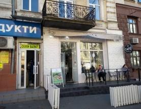 Аренда фасадного помещения с витринами возле ж/д вокзала центр