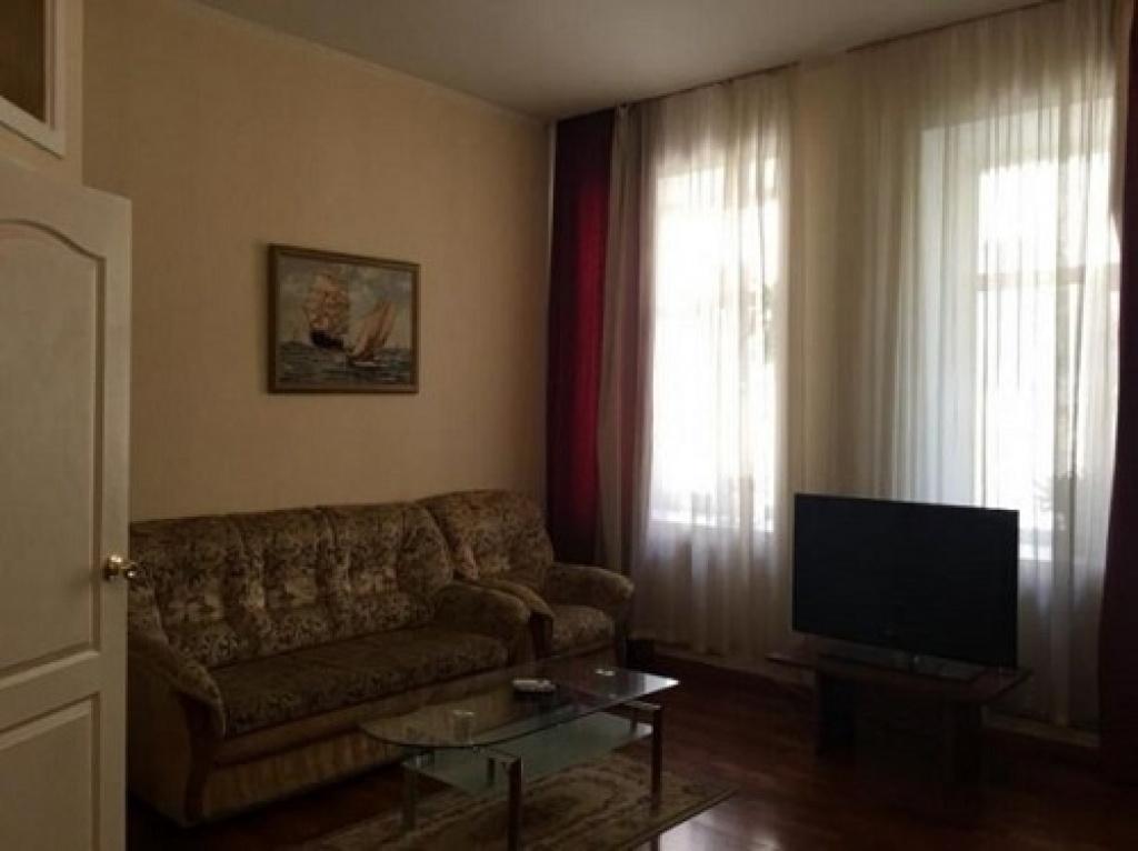 Продажа 1-к квартиры на Малой Житомирской - АН Стольный Град фото 2