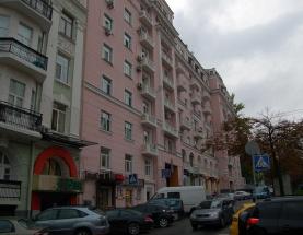 Продажа фасадного помещения по улице Антоновича - АН Стольный Град фото 1