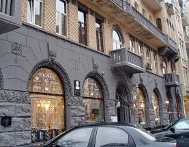 Аренда помещения с витринами в центре по ул. Б.Житомирская - АН Стольный Град фото 1