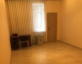 Продам 2-к квартиру в центре ул. Липинского - АН Стольный Град фото 1