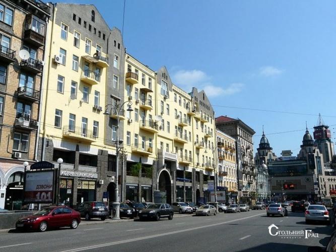 Продам 4-к квартиру на площади Льва Толстого - АН Стольный Град фото 1
