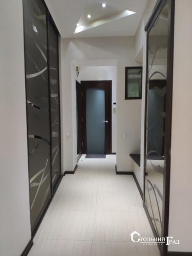 Продаж видової 3-к квартири 80 кв.м з ремонтом - АН Стольний Град фото 10