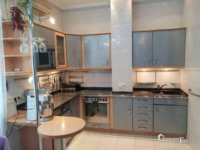 Продажа квартиры на Андреевском спуске - АН Стольный Град фото 8