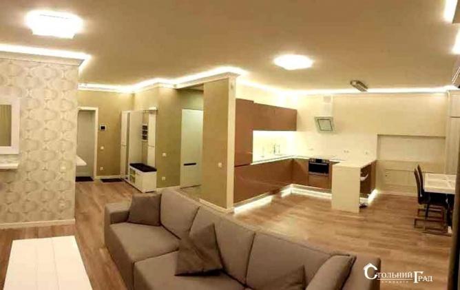 Продам 3-к квартиру в центрі з ремонтом в новому будинку - АН Стольний Град фото 3
