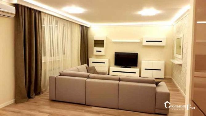 Продам 3-к квартиру в центрі з ремонтом в новому будинку - АН Стольний Град фото 4