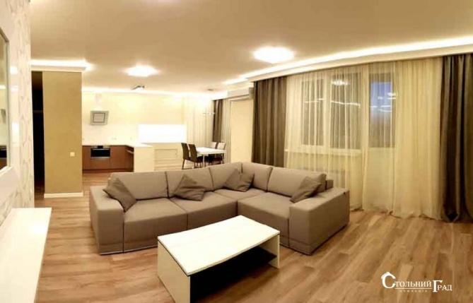 Продам 3-к квартиру в центрі з ремонтом в новому будинку - АН Стольний Град фото 1