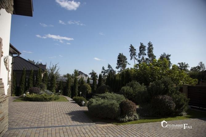 Продам усадьбу в закрытом коттеджном городке в сосновом лесу - АН Стольный Град фото 9