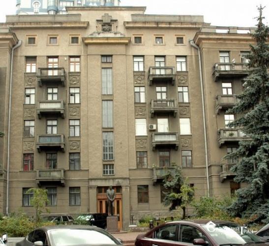 Продажа 3-к квартиры 100 кв.м на Липках - АН Стольный Град фото 1
