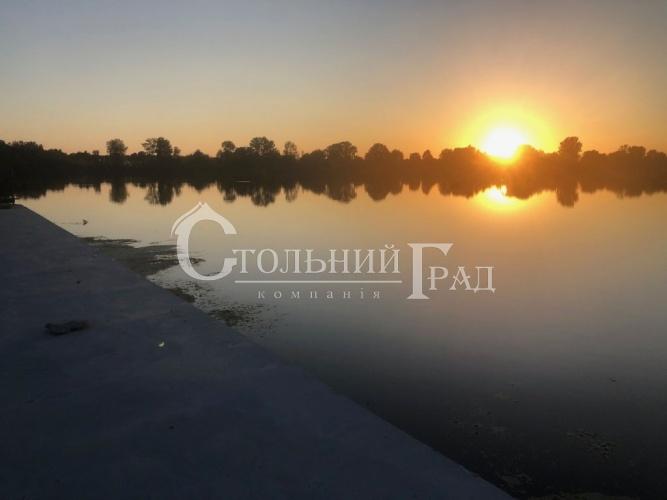 Продаж стильного таунхауса на березі Дніпра - АН Стольний Град фото 1