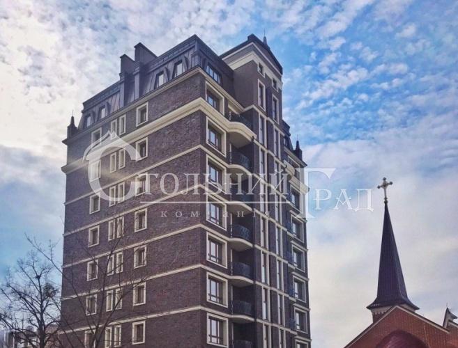 Продаж 3-х рівневої квартири з терасою в клубному будинку Тургенев - АН Стольний Град фото 1