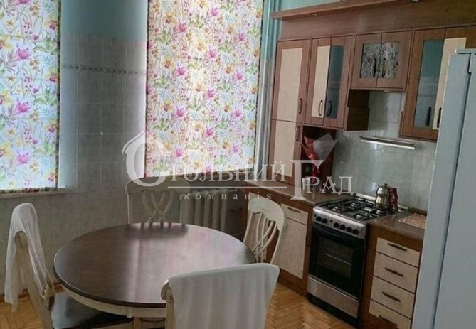 Продаж 2-к квартири в царському будинку в центрі Києва - АН Стольний Град фото 6