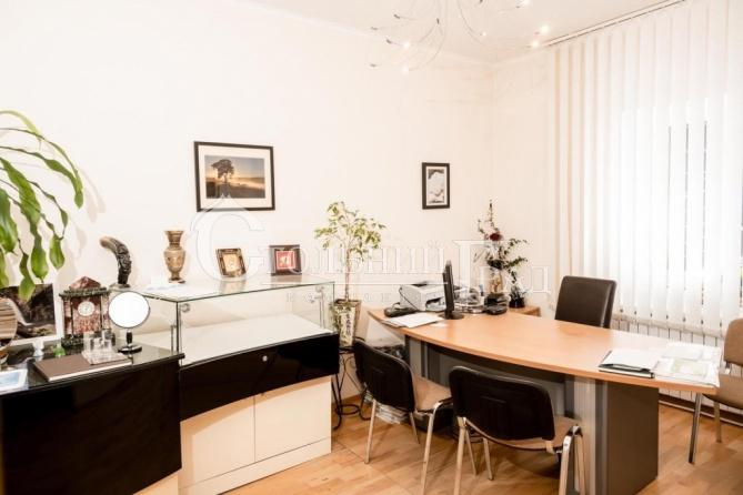 Продам приміщення 50 кв.м на 1 поверсі біля Золотих воріт - АН Стольний Град фото 1