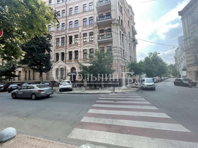 Продаж приміщення 1360 кв.м поруч з Софіївською площею - АН Стольний Град фото 1