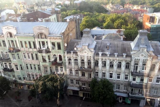 Продаж просторої 3-к квартиру в центрі Пейзажна алея - АН Стольний Град фото 14