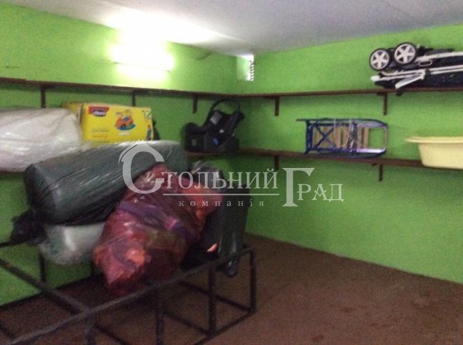 Продам теплый гараж на Печерске площадь Славы - АН Стольный Град фото 3
